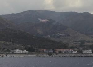 Löschflugzeug Nähe Kap dell`Armi