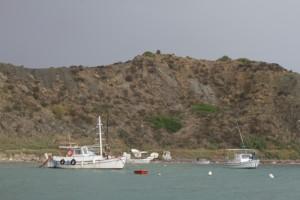 Fischerboot vor Errikousa