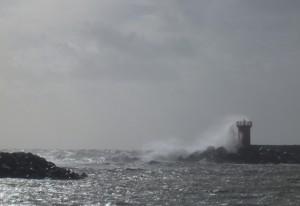 Hafeneinfahrt Porto di Roma bei Sturm