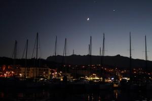 Hafen von Solenzara bei Nacht