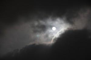Wolken vor dem Mond in Aguilas CC BY-NC-SA 4.0 Ulrike & Stefan Engeln