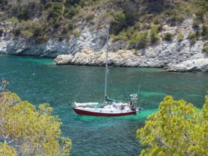 Ankern in Cala Llentrisca Ibiza