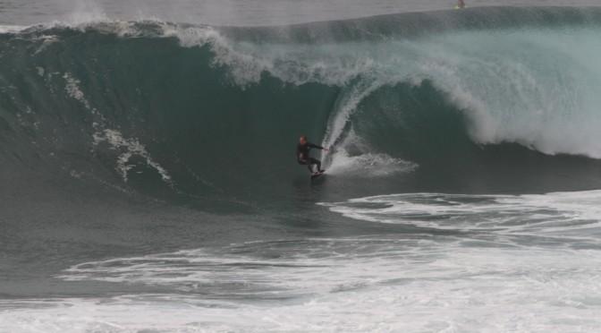 Surfing Nazaré