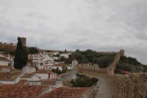 Auf der Stadtmauer von Obidos