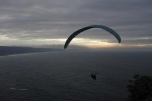Paraglider in Nazaré
