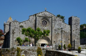 mittelalterliche Kirche in Baiona