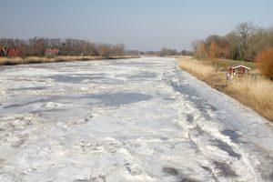 Eis auf der Oste